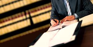 anteproyecto de la Ley de Colegios y Servicios Profesionales