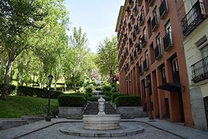 alquiler y venta de pisos en barrio de palacio y barrio la
